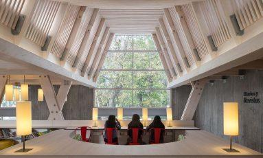 Biblioteca Constitución / obra del arquitecto Sebastián Irarrázabal