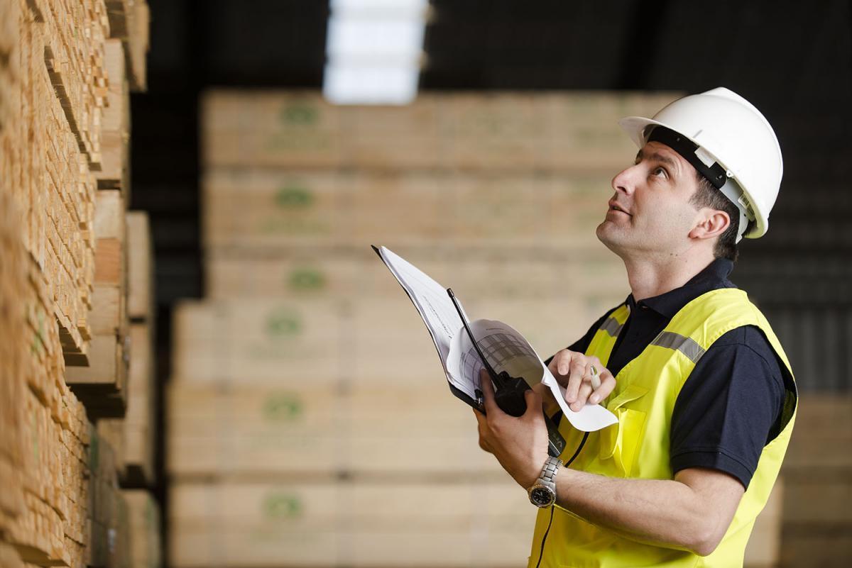 Trabajador madera